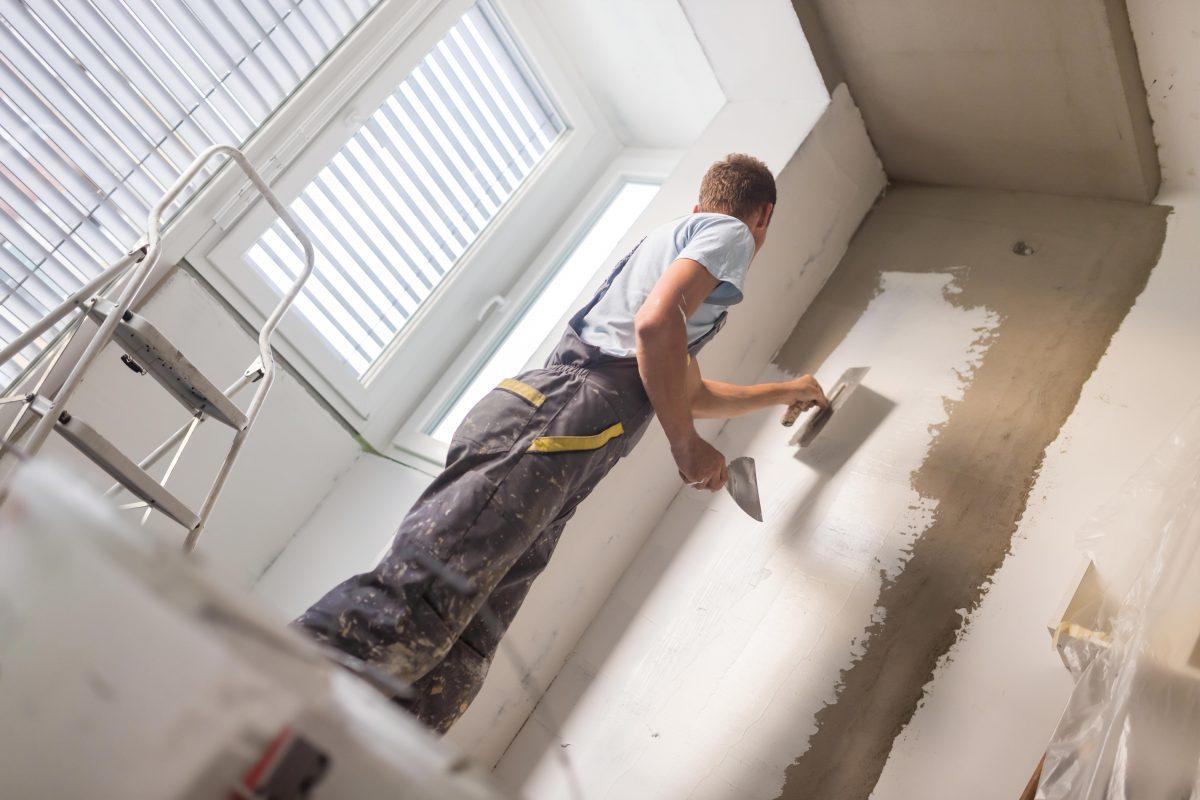 Як безпомилково пошпаклювати стіни?